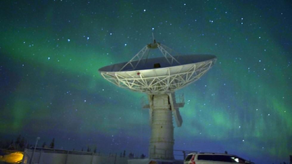 كشف خطر جديد يهدد الأقمار الصناعية
