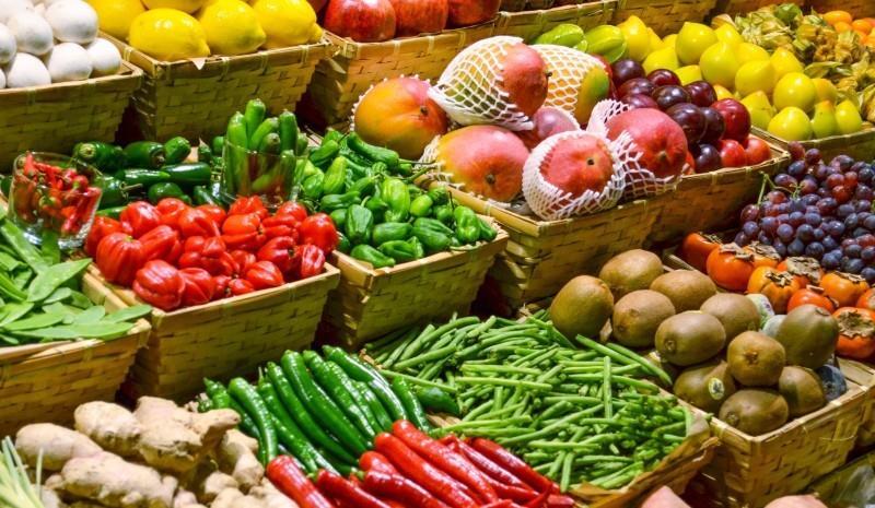 """""""الغذاء والدواء"""": انخفاض بقايا المبيدات في الأغذية بنسبة 59% خلال العام الماضي"""