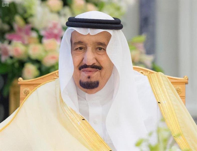 """خادم الحرمين يوافق على تكليف """"الدوسري"""" بالمسجد الحرام و""""الحذيفي"""" و""""المهنا"""" بالنبوي في رمضان"""