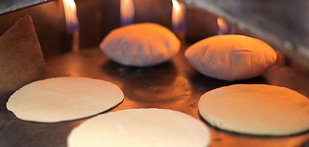 العلماء يحذرون من مواد خطرة موجودة في الخبز !