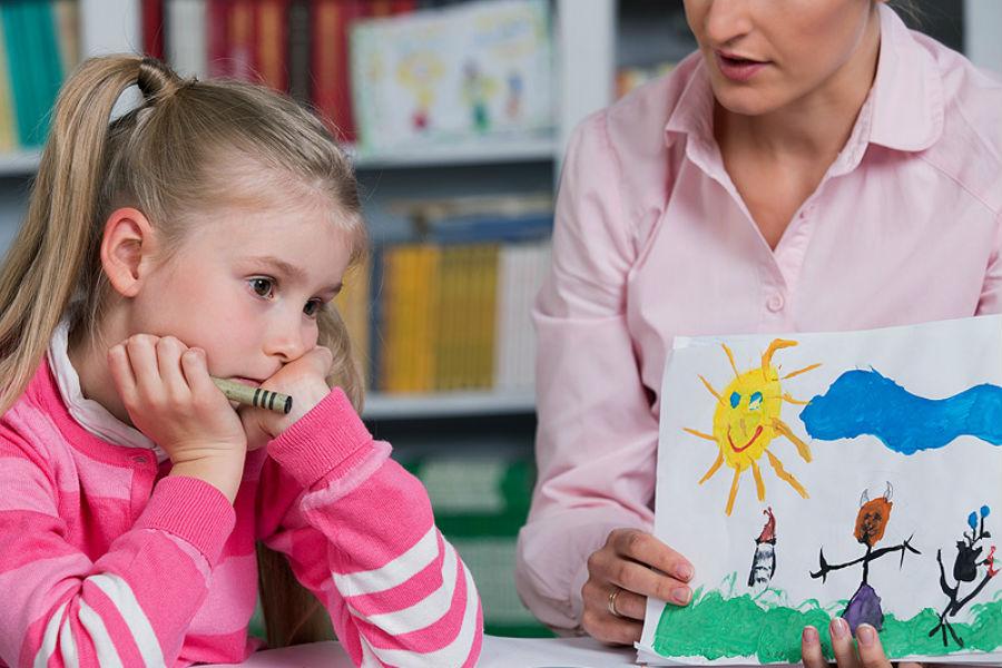 8 نصائح للتعامل مع طفل التوحد