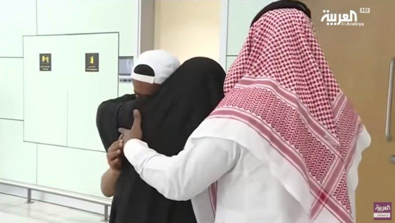 """السلطات السعودية تستعيد ابن """"معلمة داعش"""" التي فرَّت قبل سنوات"""