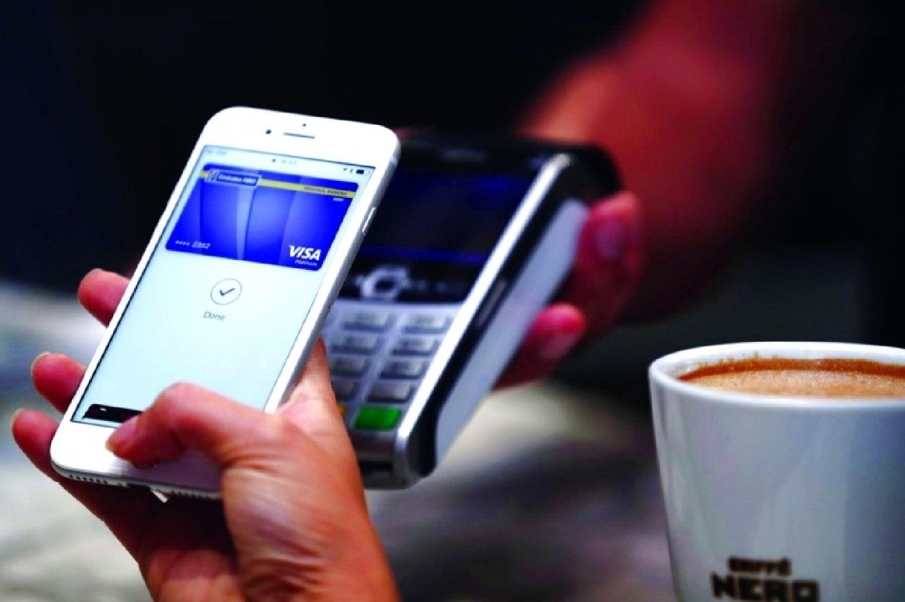 «أبل باي» وسيلةً للدفع في خدمات «أبل» الرقمية