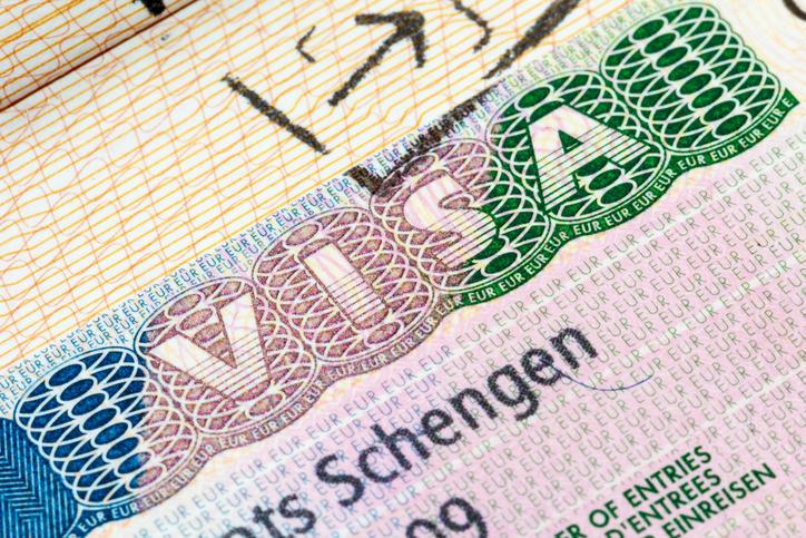 لمحبي السفر.. 3 تعديلات غير مسبوقة للحصول على فيزا شنغن