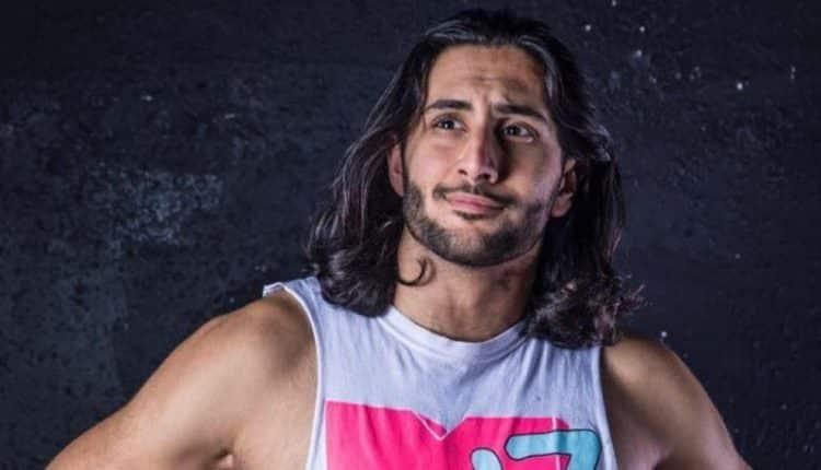 """المصارع السعودي منصور الشهيل بطلاً لـ""""سوبر شوداون"""" بجدة"""