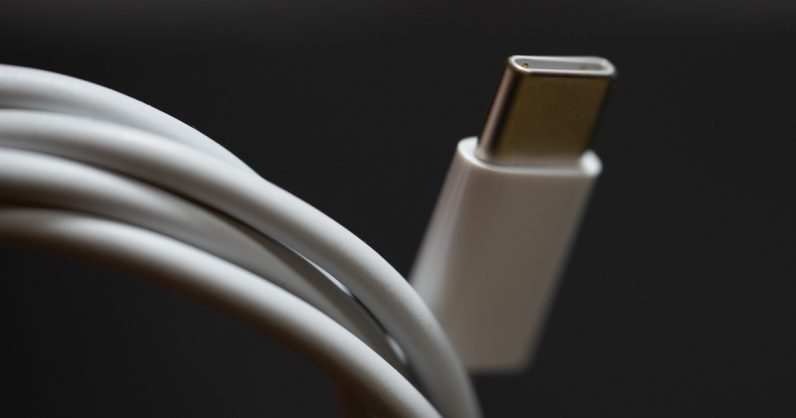 الكشف عن المواصفات الفنية للمنفذ الجديد للشاشات DisplayPort 2.0
