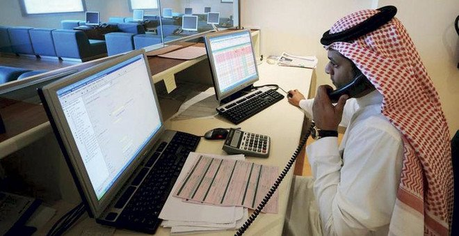 إلزام المحاسبين القانونيين الأجانب بالتسجيل لحصر الوظائف وكشف الشهادات المزورة