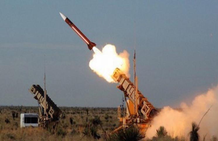 """""""التحالف"""" يُسقط طائرات مسيرة أطلقها الحوثيون تجاه المملكة.. وينفي مزاعم إصابة أهدافها بدقة"""
