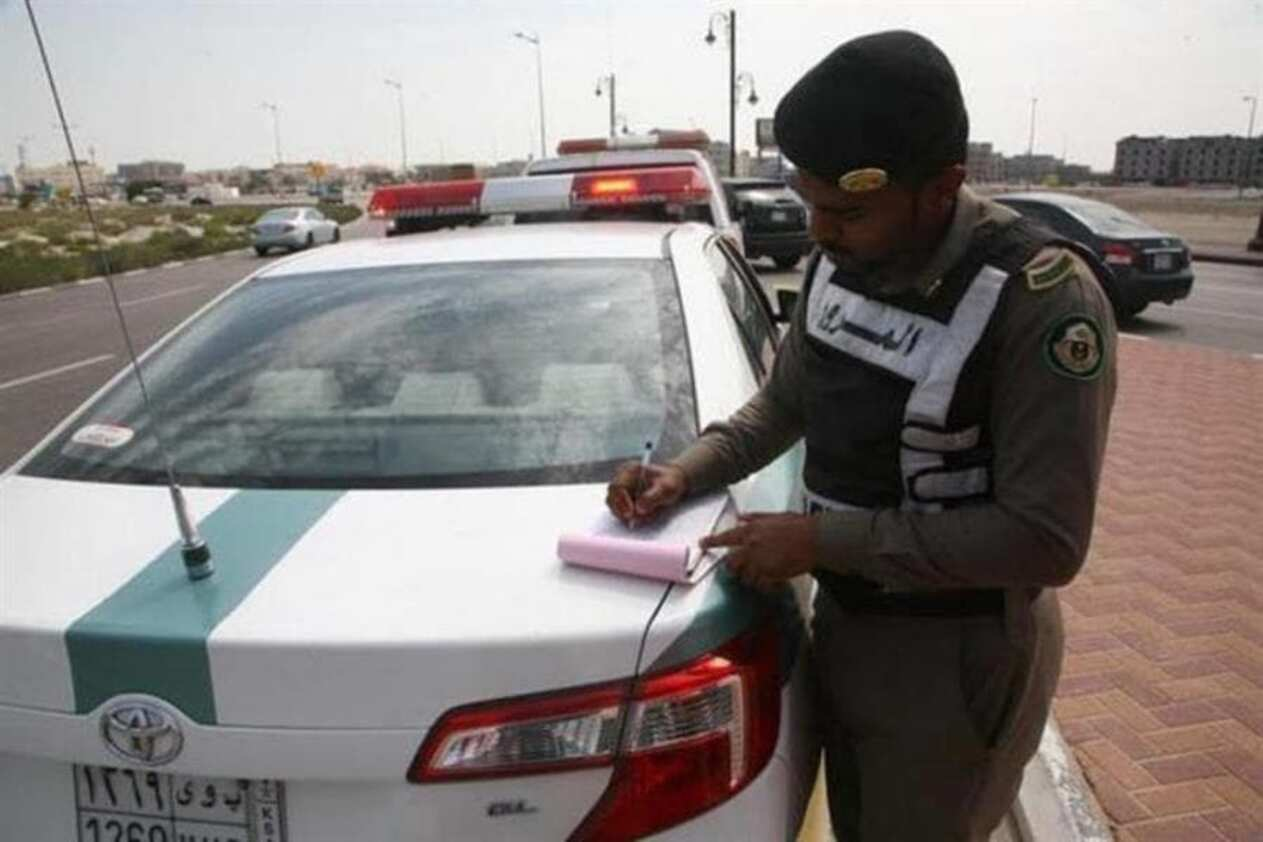 المرور يبدأ تطبيق «إيقاف الخدمات» للمتقاعسين عن سداد المخالفات