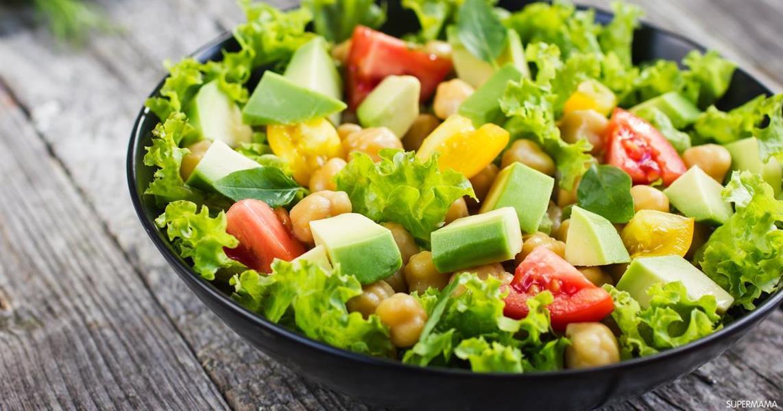 """""""السلطة الخضراء"""".. أكثر الأطعمة تلوثاً في مطاعم مكة المكرمة"""