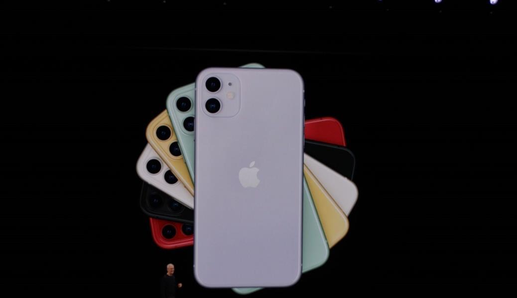 """فيديو وصور.. """"آبل"""" تعلن رسمياً عن ثلاثة هواتف جديدة.. تعرف على أسعارهم ومزاياهم"""