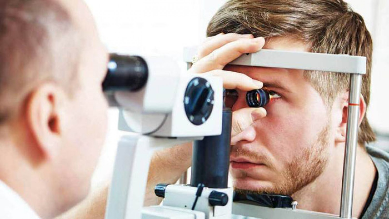 «الغذاء والدواء» توافق على أول عقار جيني لعلاج فقدان البصر