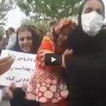 """الشعب الإيراني يثور بعد جريمة حقن """"500"""" شخص بمرض الإيدز"""