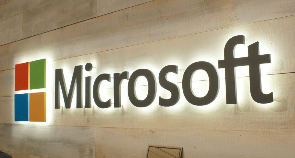 """مايكروسوفت تبتكر طريقة """"التخزين الأبدي"""" للبيانات"""
