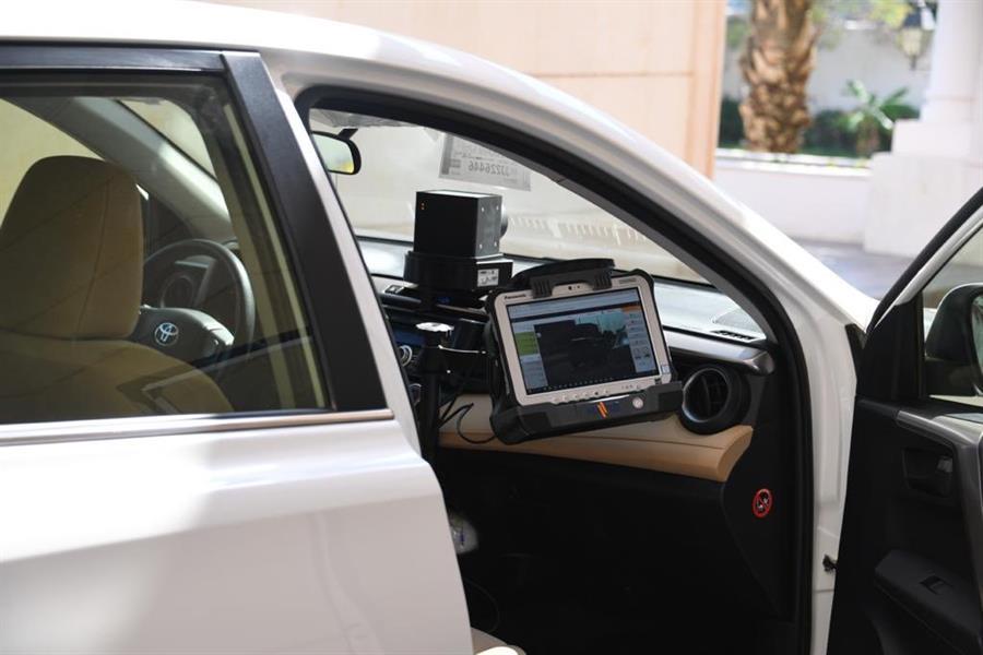"""مثبت داخل مركبة مدنية.. تعرف على نظام """"CATSO"""" الثابت والمتحرك لرصد المخالفات المرورية"""