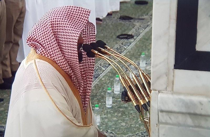 السديس من المسجد النبوي: لنتماسك مع ولاة الأمر .. وتفاءلوا فالغمة ستنقشع