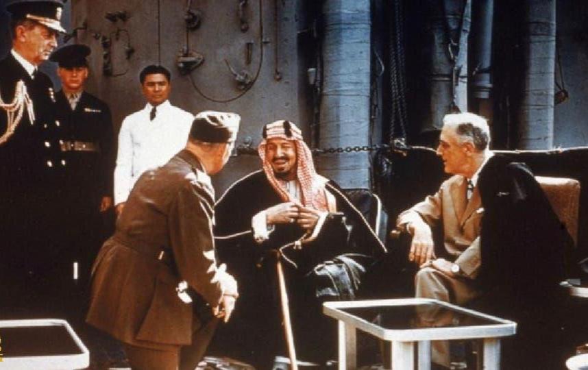 """وثيقة أميركية تاريخية تكشف اقتراح """"الملك عبد العزيز"""" لحل مشكلة اللاجئين اليهود الذين طردوا من ديارهم في أوروبا"""