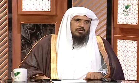 """أيهما أفضل كفالة اليتيم أم بناء مسجد؟.. الشيخ """"الخثلان"""" يُجيب (فيديو)"""