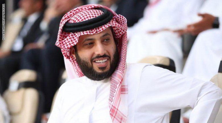 تركي آل الشيخ ينشر صورة نادرة للملك فهد
