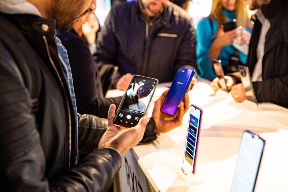 نمو مبيعات سوق الهواتف الذكية لأول مرة منذ 5 أعوام