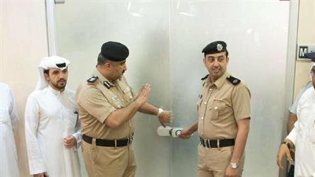 """الكويت.. ضبط """"سماعات للغش في الامتحانات"""" قادمة من الصين (صورة)"""