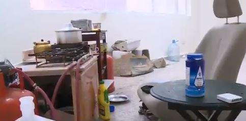 البصل في استقبال المرضى والشيشة بالمختبر.. مركز صحي يتحول لمأوى للعمالة السائبة بالرياض (فيديو)